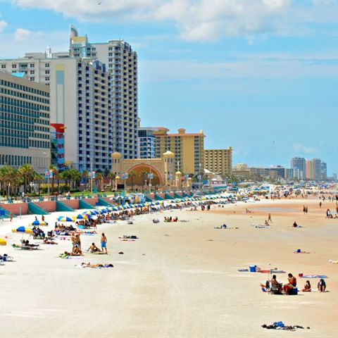 Aerial view of people enjoying the attractions in Daytona Beach